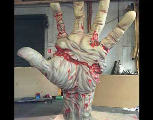 the-walking-dead-hand-opera-house-